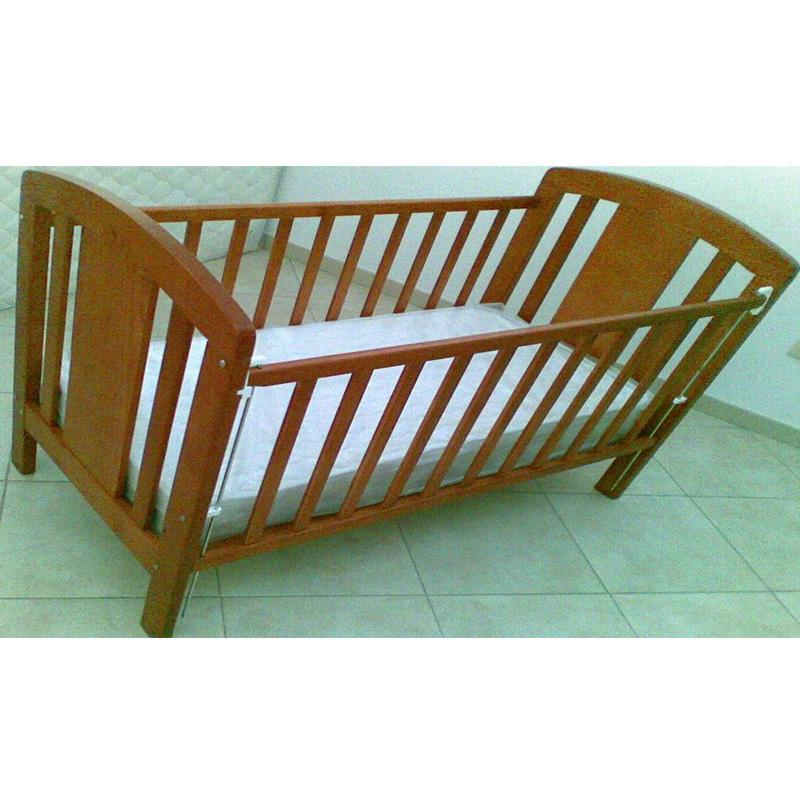 Cama de Bebé 05