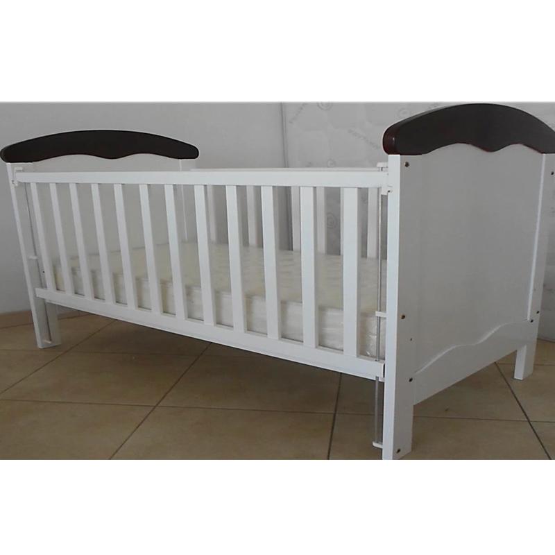 Cama de Bebé 10