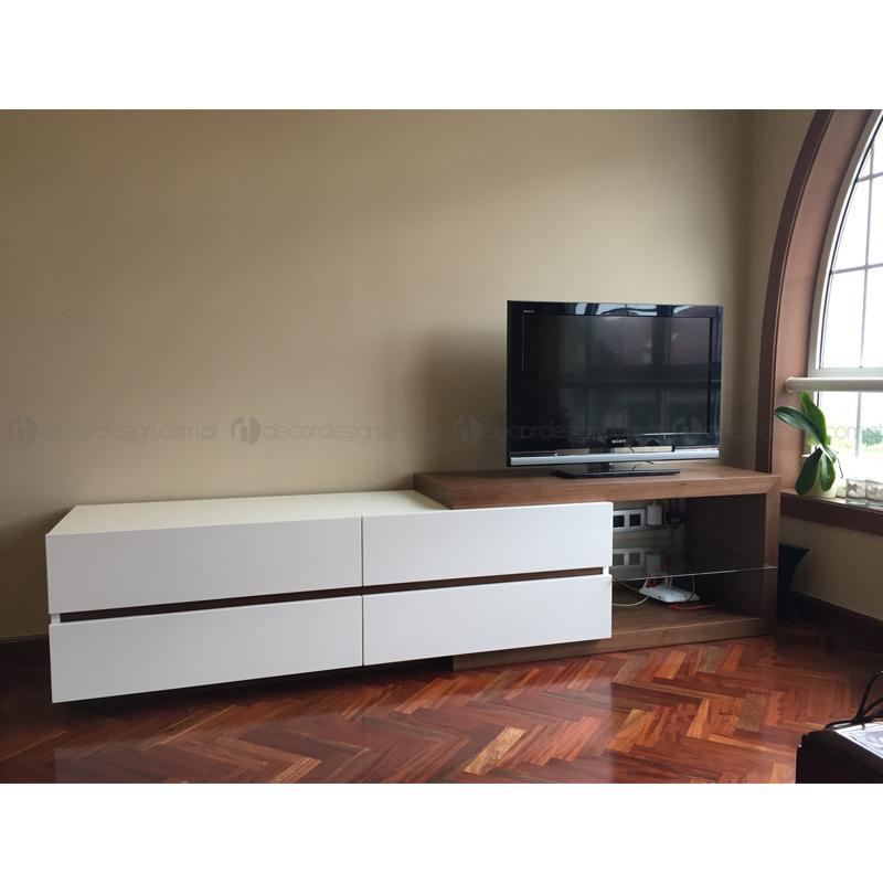 Móvel TV Pereira